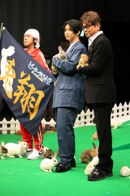 (左から)カジサック、千葉雄大、哀川翔